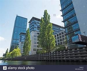 Wasser Am Fenster : fenster stockfotos fenster bilder alamy ~ Eleganceandgraceweddings.com Haus und Dekorationen