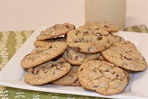 Old Fashioned Chocolate Chip Cookies Recipe | Divas Can Cook