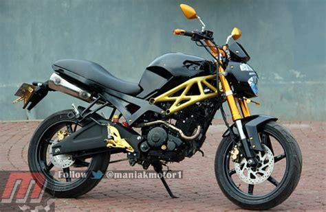 Modifikasi Byson by Modifikasi Yamaha Byson Mirip Ducati Mhrdika2