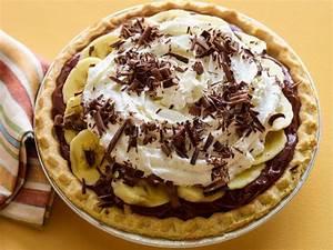 Quick Chocolate Banana Cream Pie Recipe | Rachael Ray ...