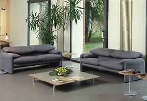 2 Sitzer Sofa : maralunga 2 sitzer sofa von cassina stylepark ~ Frokenaadalensverden.com Haus und Dekorationen