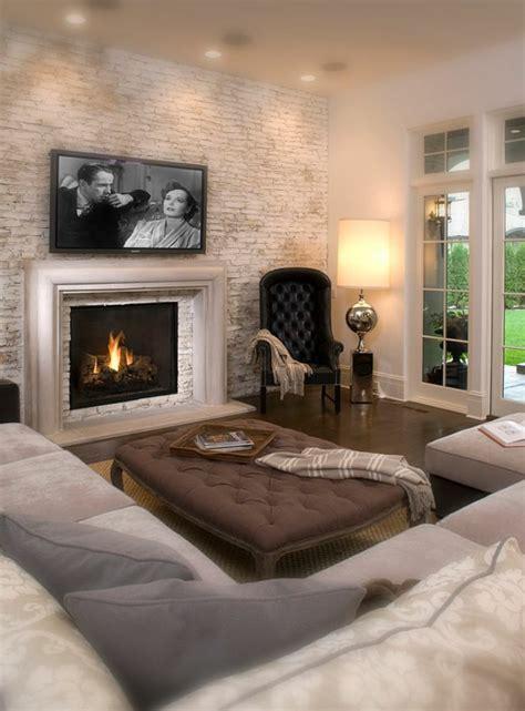 steinwand wohnzimmer kamin kaminofen bringt gemütlichkeit und stil in ihr zuhause
