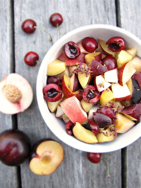 cuisine collaborative greatist collaboration fruit salad with lemon