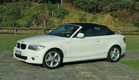 bmw serie 1 cabriolet bmw 1 series convertible review caradvice