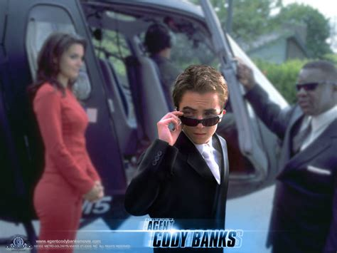 Agent Cody Banks official wallpaper - Malcolm in the ...