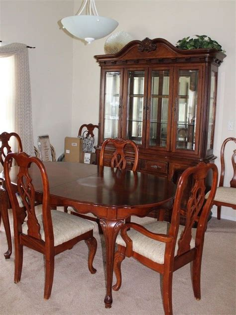solid wood 10 formal dining room set with table