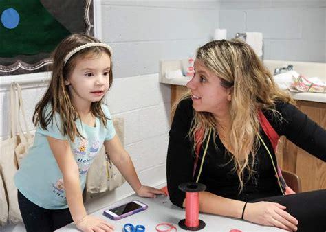 cooperative preschool brings parents into the classroom 923 | CTY olivet16p 5