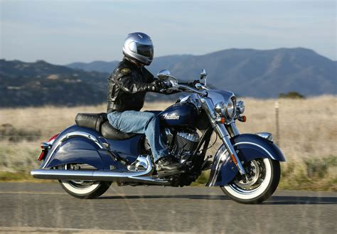 Indian Springfield 4k Wallpapers by 2010 Indian Chief Classic Pics Specs And Information