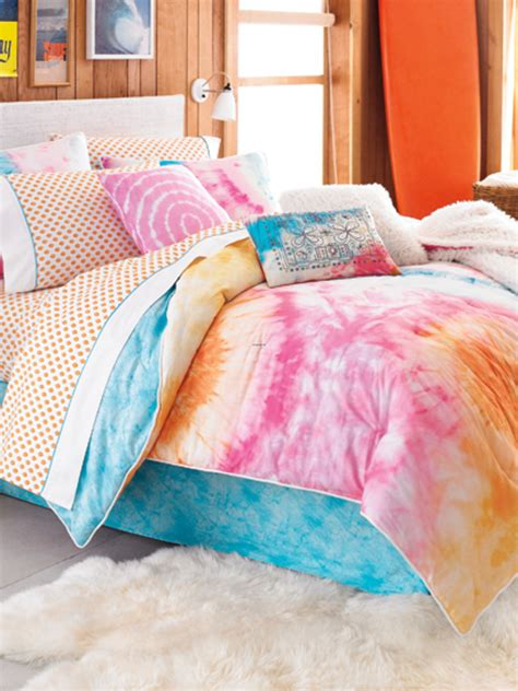 teen vogue bedding adds tons  personality  color