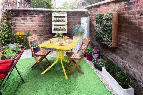 may days a small patio makeover the plot you 39 ve got