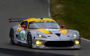srt pulling vipers out of le mans automobile magazine