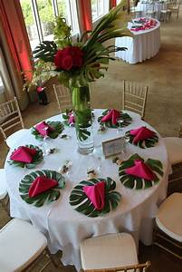 Deco Table Tropical : top 25 best tropical wedding centerpieces ideas on pinterest tropical centerpieces luau ~ Teatrodelosmanantiales.com Idées de Décoration