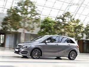 Mercedes Classe B 2016 : listino prezzi nuova mercedes classe b scheda tecnica e informazioni sugli allestimenti ~ Gottalentnigeria.com Avis de Voitures