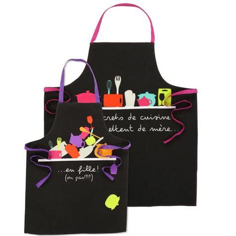 tablier de cuisine humoristique tabliers de cuisine originaux et humoristiques 3 modèles