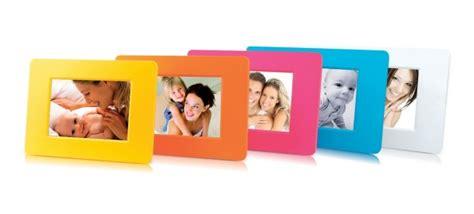 prezzo cornici digitali digital photo frame cornici digitali dai colori fluo anni