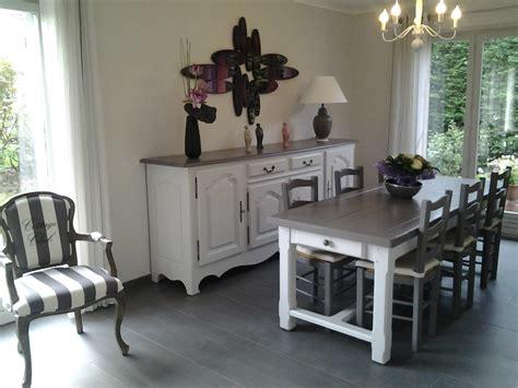 repeindre chaise en bois repeindre ses meubles de salle à dîner table de lit