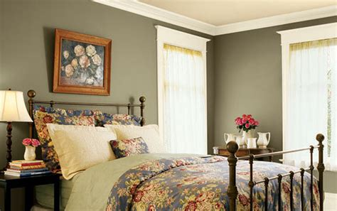 wrought iron bed decorating ideas bedroom ideas with wrought iron bed home delightful