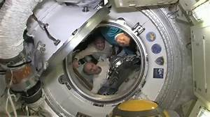 Farewells and hatch closure completed   The PromISSe mission