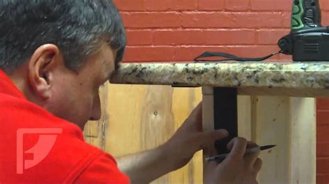 how to install kitchen island cabinets how to install freedom countertop brackets for an