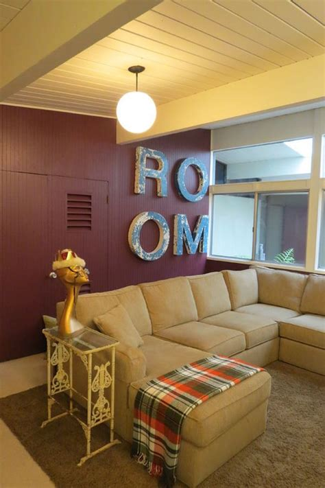 decorating  cranberry colored living room ideas