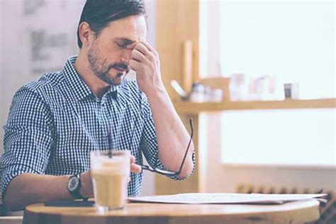I knew that headaches can be cause by caffeine withdrawal so i just had a black coffee. Caffeine Headache: Symptoms, Withdrawal, Treatment and Alternatives