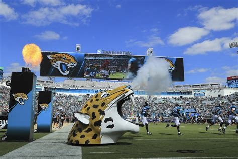Jaguars Moving by 4 Jacksonville Jaguars Players Detained In