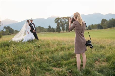 Top Tips For Cheap Wedding Photography  Blue Orchid Weddings