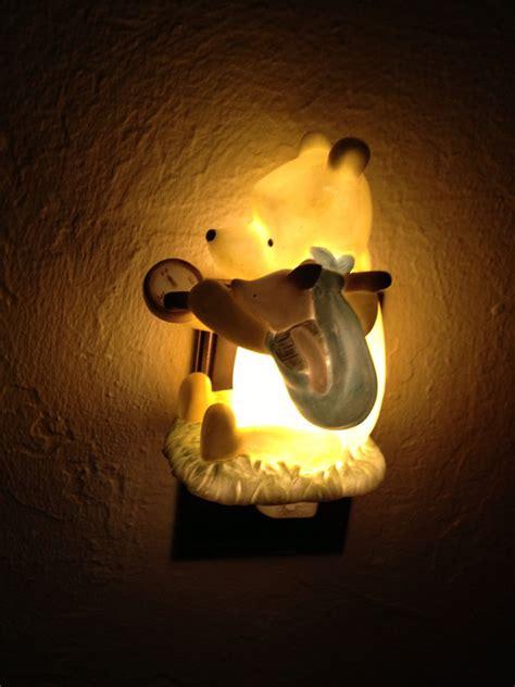 vintage winnie the pooh ceramic light signed disney