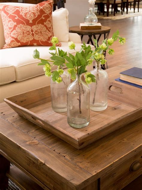 Coffee table decor is easy to do on your own and really adds personality to your living room. 29 Tips for a perfect coffee table styling - BelivinDesign