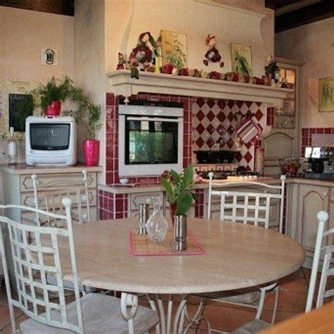 chaises salle manger but table en fer forgé de salle à manger flore ronde