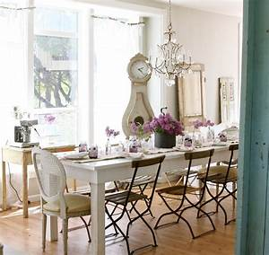 Shabby Chic Mode : white table for shabby chic style dining room with farmhouse table ~ Markanthonyermac.com Haus und Dekorationen