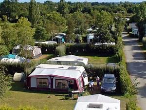 Camping Car Bretagne : emplacements camping finist re bretagne sud camping de la piscine finist re ~ Medecine-chirurgie-esthetiques.com Avis de Voitures
