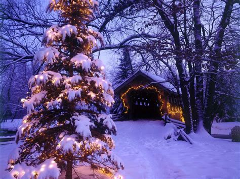 free wallpapers christmas scenes wallpaper cave