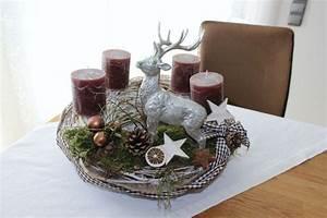 Adventskranz Edelstahl Dekorieren : 25 einzigartige adventskranz selber machen kugeln ideen auf pinterest weihnachtlich malen ~ Markanthonyermac.com Haus und Dekorationen