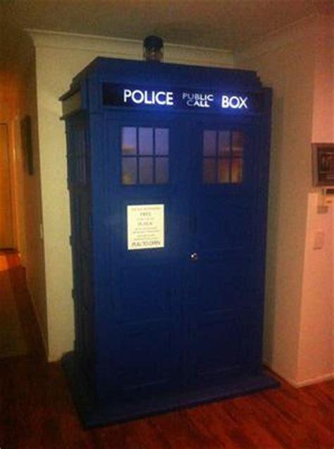 tardis dvd storage ideas  doctor  fans