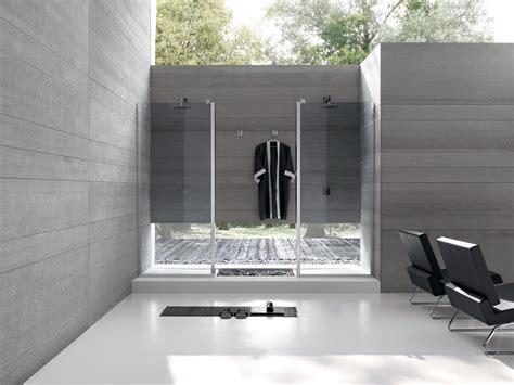 docce piccole dimensioni padelle grandi dimensioni boiserie in ceramica per bagno