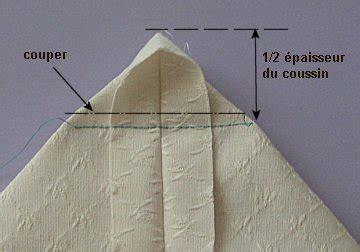 recouvrir un canapé en tissu comment coudre des housses de coussins pour les chaises