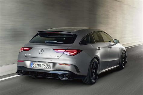 The new compact sports cars absolve the sprint from zero to 100 km/h in record time: Fiche technique Mercedes CLA Shooting Brake 45 S AMG ...