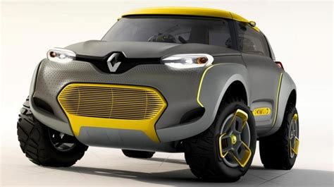 Renault unveils car with spy drone