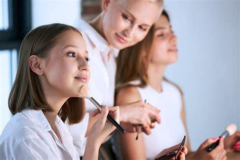 Make up kursi Rīgā • Apmācības no 55 € • Teicami.lv