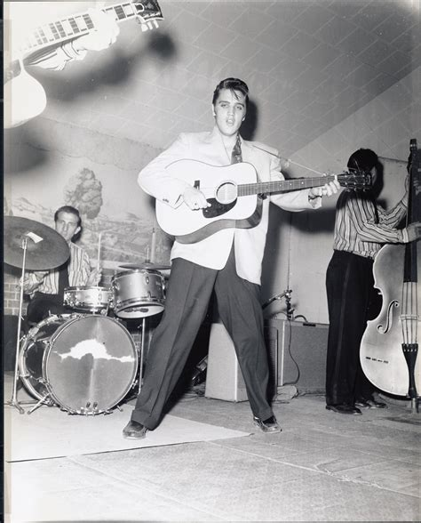 elvis presley performing   blue moon boys