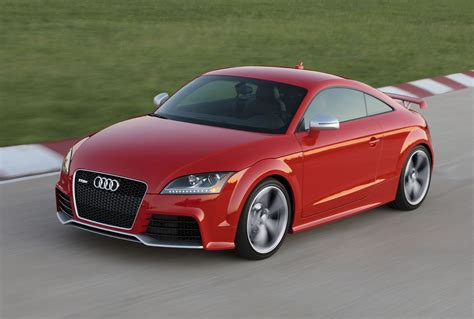 audi tt rs front photo misano red color driving
