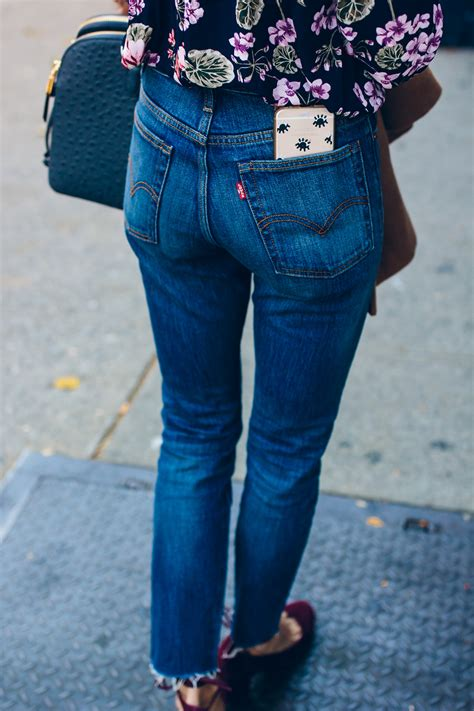 How to Wear High Waisted Jeans | The Fox u0026 She | Chicago Fashion Blog