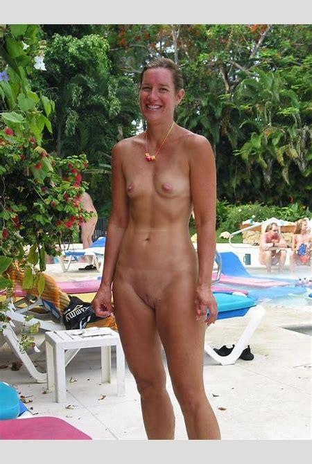 Titless mature nude women — Xsexpics.com