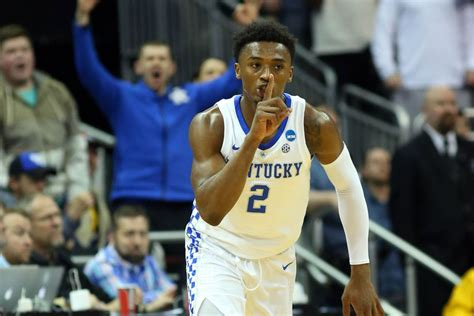 kentucky basketball ashton hagans skips  nba draft