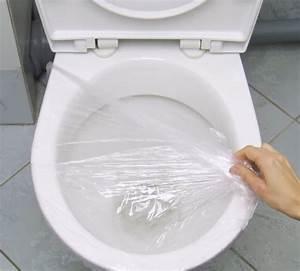 Produit Pour Déboucher Les Toilettes : une astuce insolite pour d boucher les toilettes astuces ~ Melissatoandfro.com Idées de Décoration