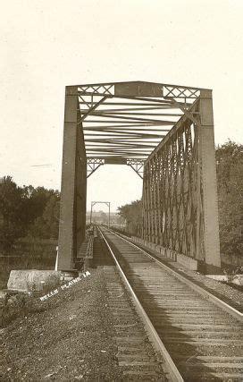 bridgehuntercom cnw iowa river bridge belle plaine
