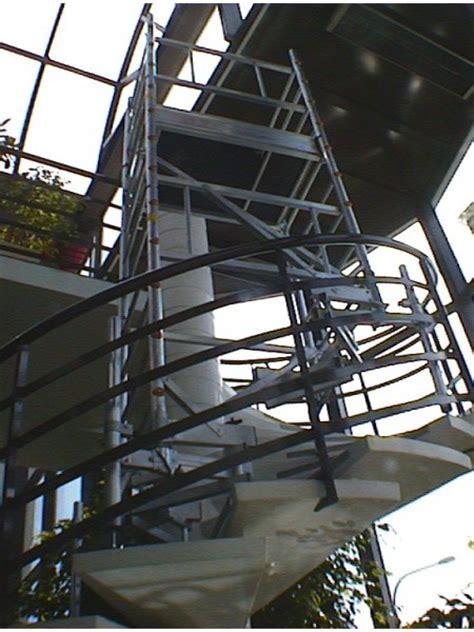 echafaudage escalutop ultralu special escalier tournant en aluminium spe
