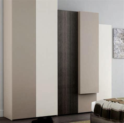 armoires de chambre armoire chambre du0027angle blanc et