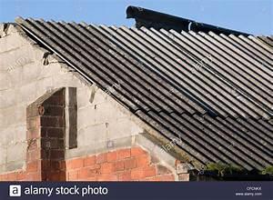 Entsorgung Asbest Kosten : asbestos sheets stockfotos asbestos sheets bilder alamy ~ Lizthompson.info Haus und Dekorationen